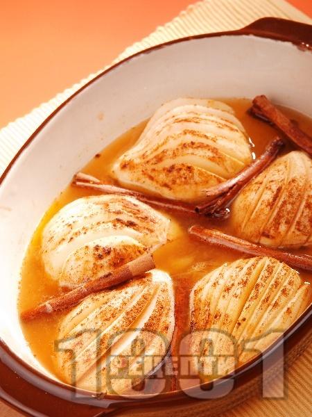 Печени круши с ром и канела на фурна - снимка на рецептата
